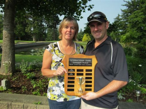 Liz Stirrett and Dave Wacowich, Canadian pairs qualifying winners @ Glacier Greens, July 2012